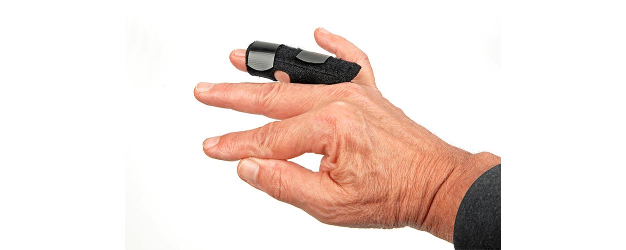 finger-dislocation-hand-in-hand-rehabilitation